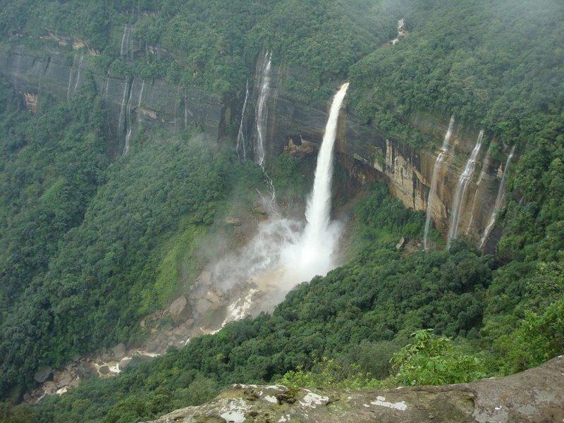 Nohkalikai Falls Shillong Meghalaya