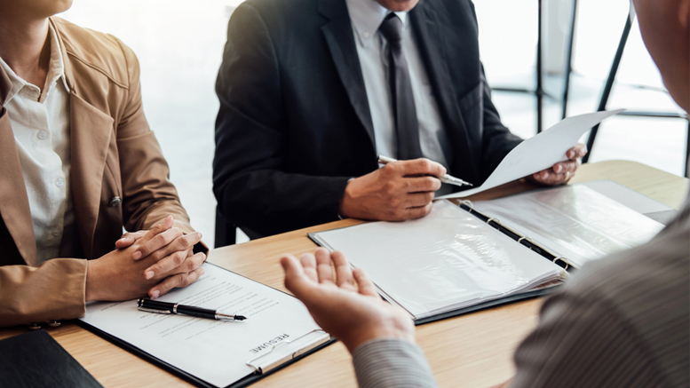 The Pros and Cons of Hiring Temporary to Permanent Employees